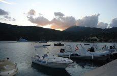 Poros Beach Lefkada camping11